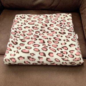 Pink cheetah print blanket throw EUC